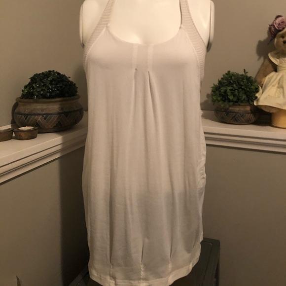 Lululemon white bra tank top size 8